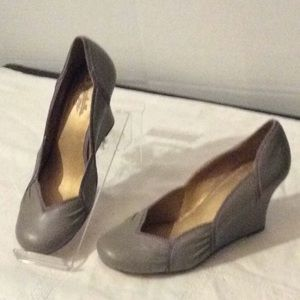 NEW Seychelles grey leather wedges shoes # 8M